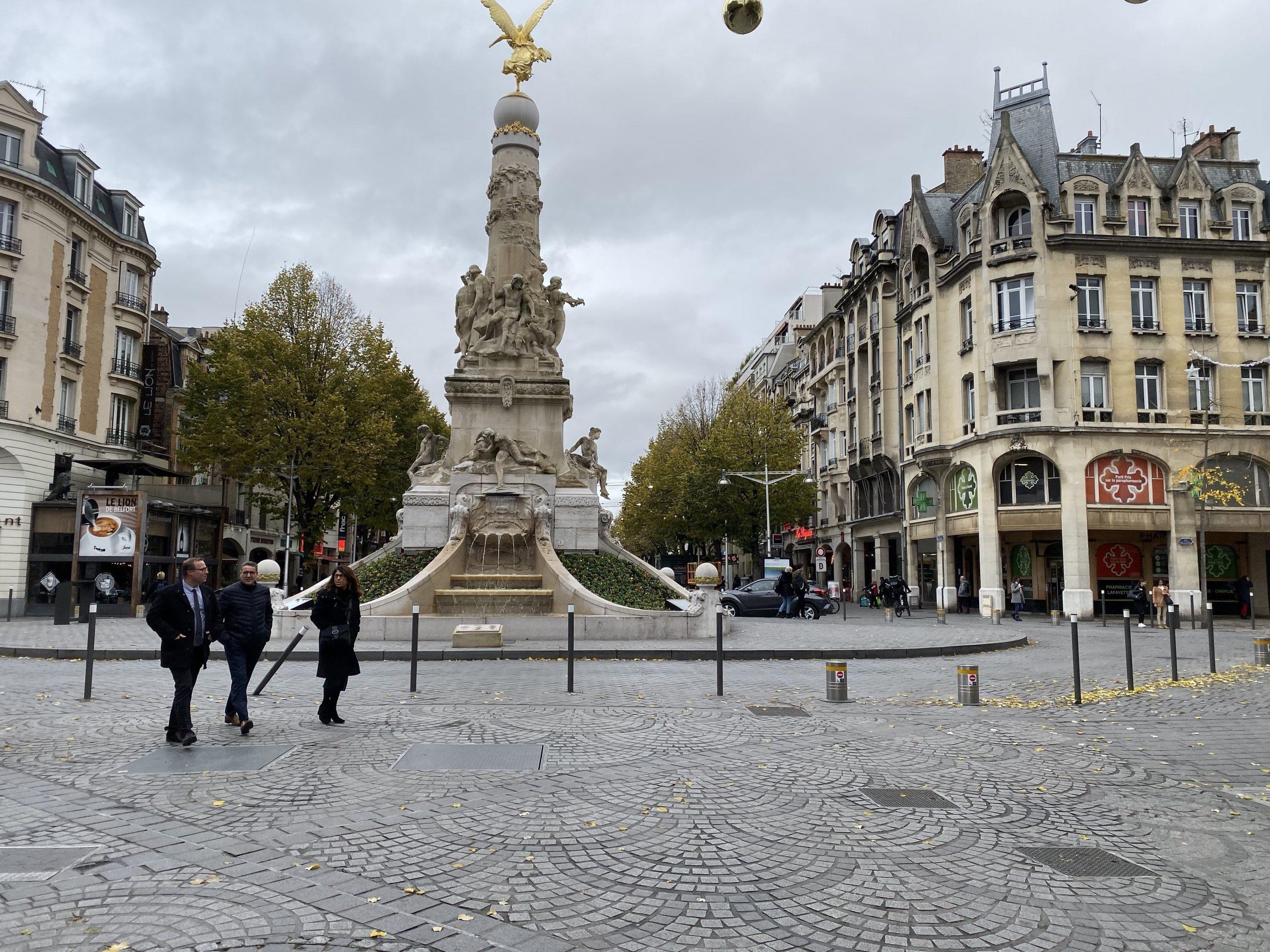 fontaine promenade Reims