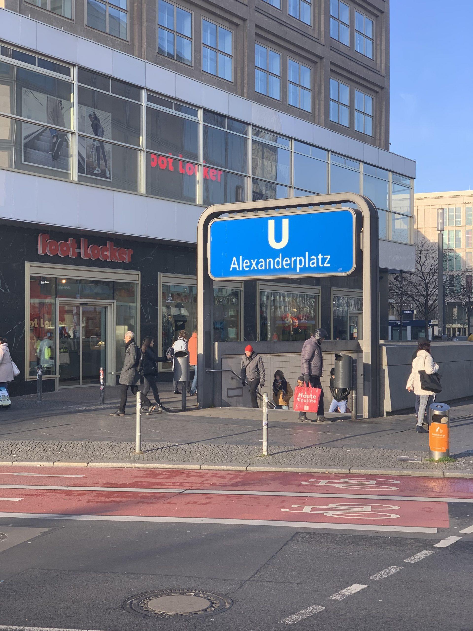 Berlin Arret de Metro U-Bahn