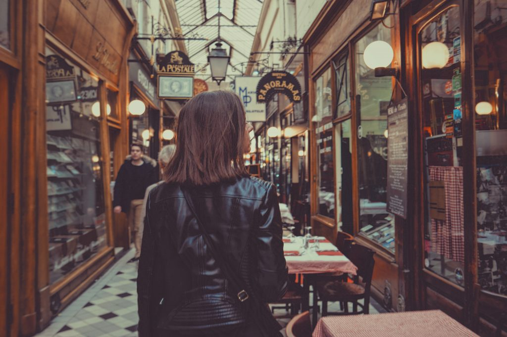 Visiter Paris insolite passages rues