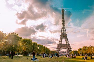 Monter dans la Tour Eiffel quand comment combien de temps visiter la Tour Eiffel