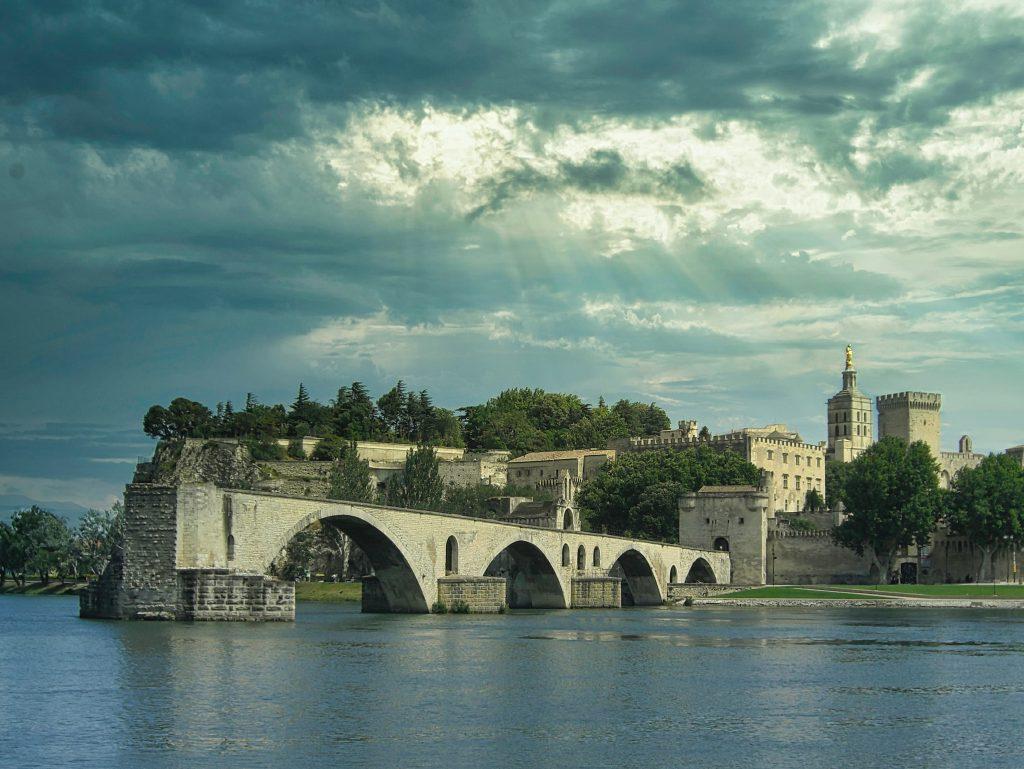 Visiter Avignon incontournables où dormir loger à Avignon