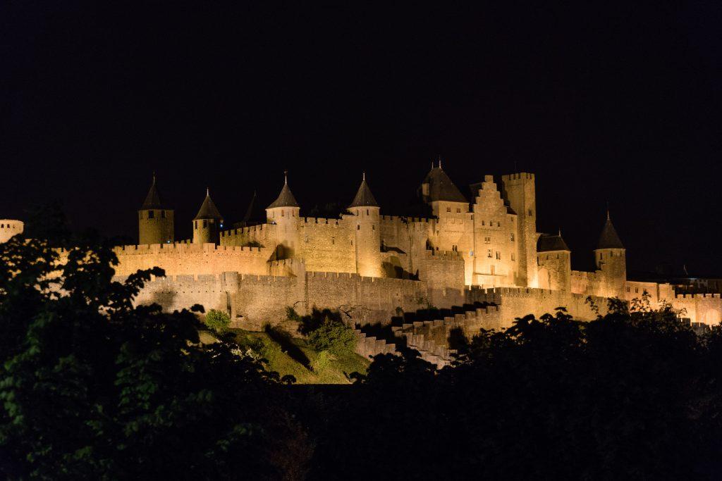 Visiter la cité de Carcassonne où dormir