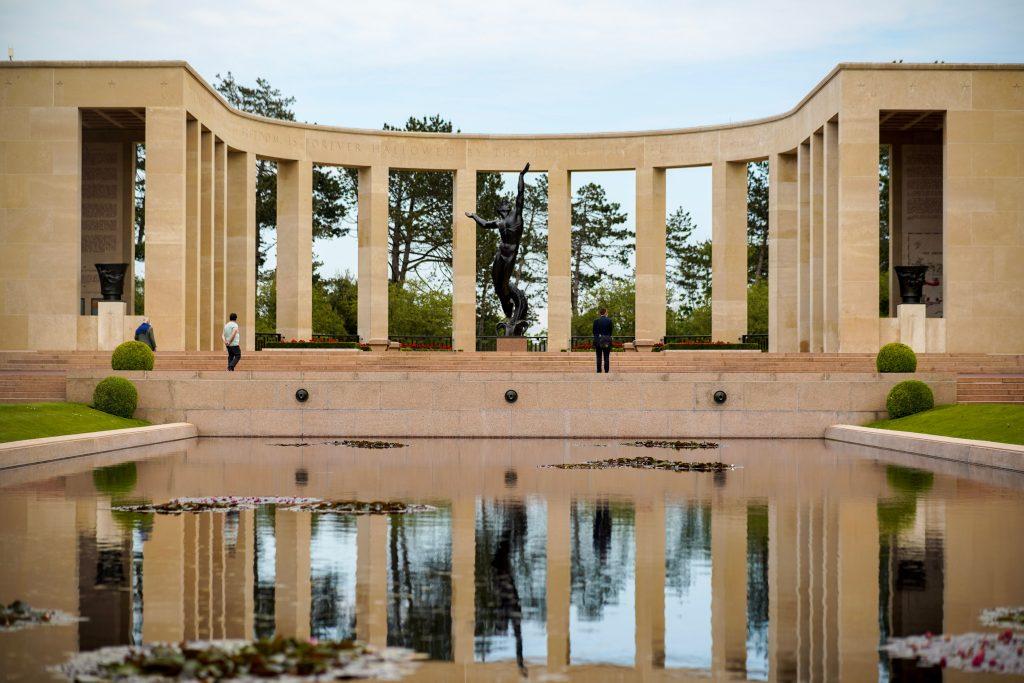 visiter les plages du débarquement Normandie itinéraire mémorial cimetière